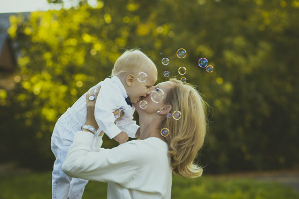 日本最高齢の現役助産師に学ぶ!親子が幸せに暮らすためのヒント