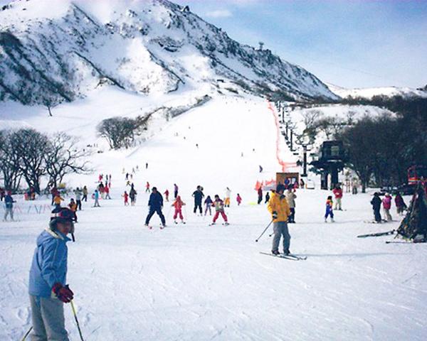 雪遊びにスノボにそり!絶対行きたい冬スポット前編_4