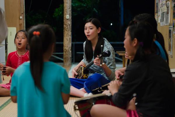 映画、「旅立ちの島唄」少女と家族の感動物語_2