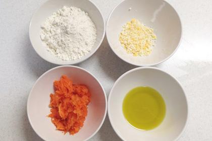 野菜の恵みを片手でパクッ!手作り『にんじんプリッツ』_3