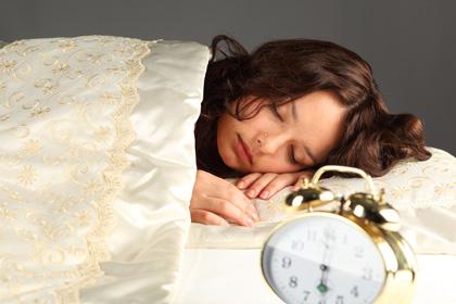 愛はあっても睡眠不足に!?夫婦は一緒に寝るべきか否か_3