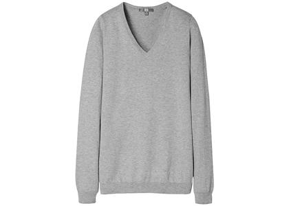 ユニクロのコットンカシミヤVネックセーターが超優秀!_2