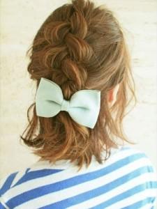 髪が広がる梅雨を乗り切る!まとめヘアアレンジ5選_3