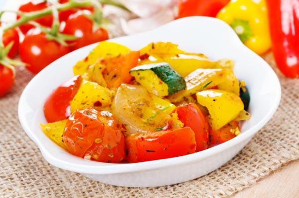 夏野菜たっぷり!フランスの常備菜「ラタトゥイユ」で楽して毎日野菜を食べよう!