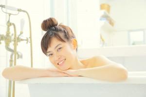 長澤まさみのような美肌に!自宅でカンタン「日本酒風呂」の作りかた