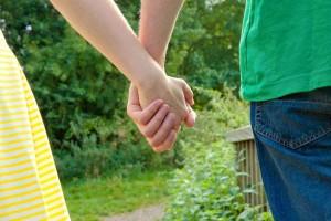 夫婦喧嘩の後、なかなか仲直りできないときの対処法