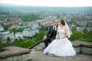 夫婦で結婚式に出席するときの『ご祝儀』の悩み