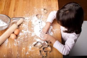 雨の日のアクティビティにも!親子で簡単に和菓子作りを楽しもう!