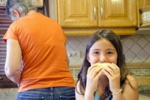 危険信号!『孤食』だけじゃない、今6つの『こ食』家族が急増中