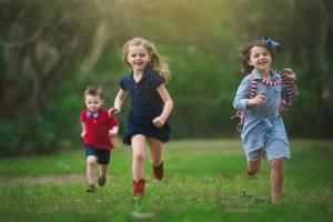 遊ばせ方で決まる!? 子どもを運動オンチにさせない方法