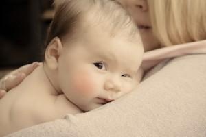母乳の『質』を改善しよう!赤ちゃんが喜ぶ母乳作りの食習慣とは?