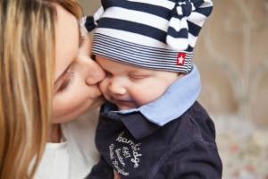 赤ちゃんの気持ちを知る育児書アプリ『ワンダーウィークス』