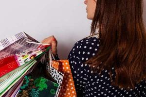 ママプレス世代が1ヶ月にかける洋服代は平均○○円!?無駄遣いを減らすコツ