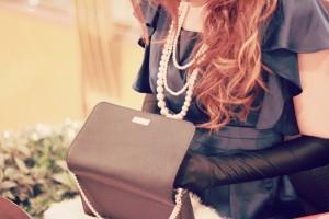 iPhoneが充電できる『ケイト・スペード』のバッグが便利でオシャレ!