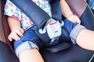 """子どもの車の閉じ込め事故、便利な""""電子キー""""が原因!?"""