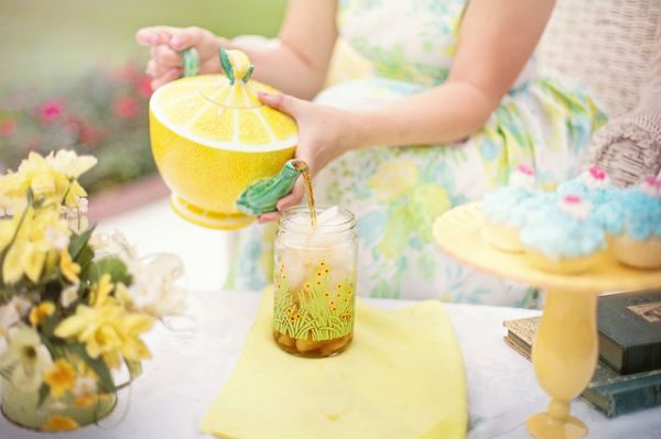 麦茶だけじゃない!ノンカフェイン麦飲料で、親子で夏を乗り切る!