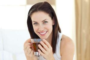 お茶で始める夏太り対策!知られざるトクホ茶の効能とは?