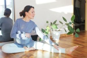 妊婦も腹筋したほうが良いって本当?妊娠中の運動の効果と正しい鍛え方
