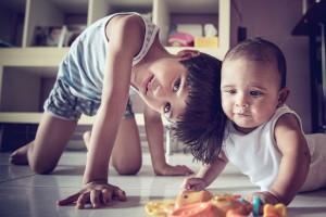 子どもに姉・兄をなんて呼ばせる?『呼び捨てはNGか』論争!
