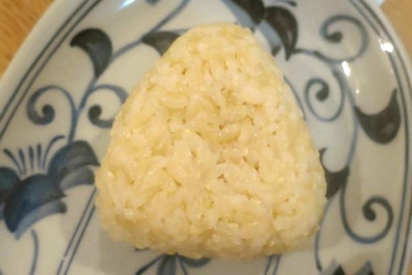 おにぎりダイエットが進化!『玄米おにぎりダイエット』はさらに効果的