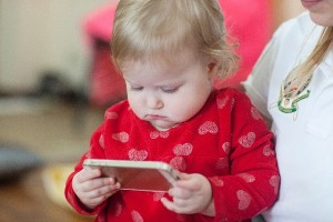 コレは便利!各県で次々と導入される『電子母子手帳』のメリット4つ