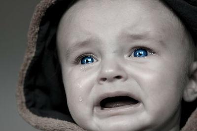 泣き止まない赤ちゃんとの向き合い方