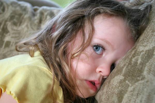 子どもが自慰行為してる!?やめさせるべき?見守るべき?