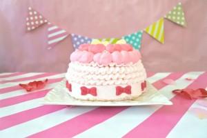 子どもの1歳の誕生日に♪海外で大人気の『スマッシュケーキ』をやってみた!