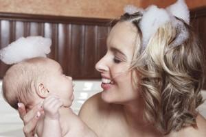 高い保湿力で人気!自分で作る『母乳石鹸』簡単レシピ