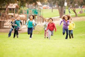 子どもの外遊びが減っている?プレーパークで思いっきり遊ぼう!