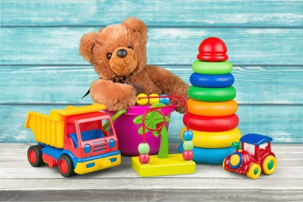 """みんなどうしてる?長く""""使える""""おもちゃの収納棚を選ぶコツ"""