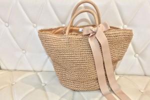 夏の定番かごバッグ、ママが持ちたい今年らしいデザインはこれ!
