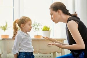 """「叱らないママが苦手…」という意見が続出!?批判される""""叱らないママ""""とは?"""