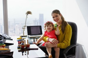 """ママになっても営業職を!キリンの""""なりきりママ社員実験""""から生まれた働き方改革のアイデアとは?"""