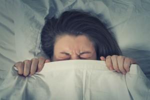 なんで寝てくれないの~!8か月赤ちゃんの寝かしつけテク6選