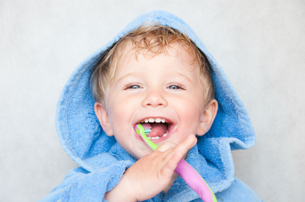 「もう限界!」イヤイヤ期の子どもが自分から歯磨きをしてくれる方法を教えて!