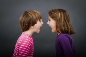 """子どものケンカ""""口を出す""""?""""放っておく""""?ママがすべきことと専門家の意見とは"""