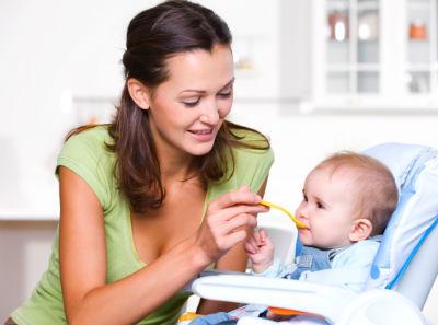 子どもが離乳食を食べすぎる