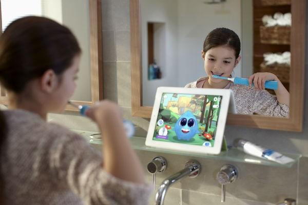 夏休みは虫歯に要注意!アプリ連動型電動歯ブラシ『ソニッケアーキッズ』で楽しい歯磨き習慣を♪
