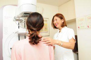 【医師が回答】乳がんは遺伝する?検査でがんになる?疑問と不安を解決!正しい知識で向き合おう