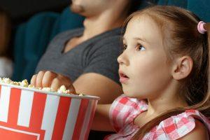 子供の想像の世界に広がりを!親子で一緒に映画デビューのすすめ