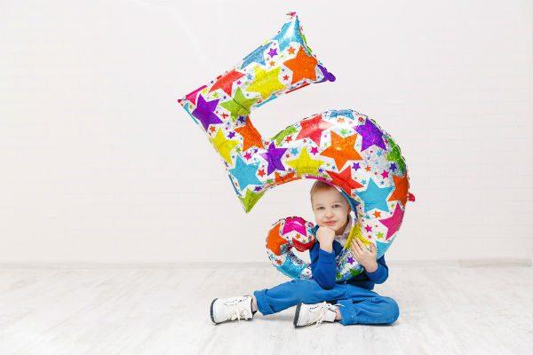 5歳の男の子なら絶対に喜ぶ♪おすすめのプレゼントはコレ!