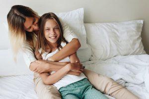 女の子は10歳までの親との関係がカギ!友達付き合いが上手な子を育てるために親ができること