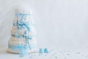 出産祝いに嬉しい!『おむつケーキ』の作り方