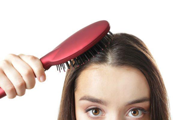 """""""ペタンコ髪""""の原因はシャンプーかも!?ボリュームを取り戻すシャンプー選びのコツ"""