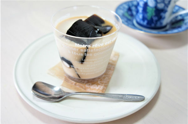 ママのご褒美タイムはワンコインスイーツで ~成城石井・コーヒーゼリー~