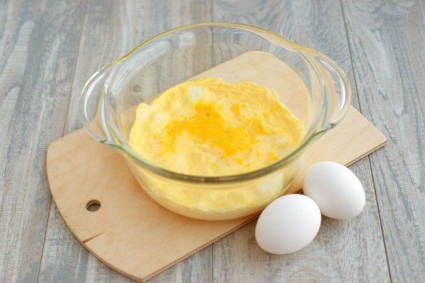 フライパン不要!レンジで簡単卵焼き&ゆで卵を作る方法