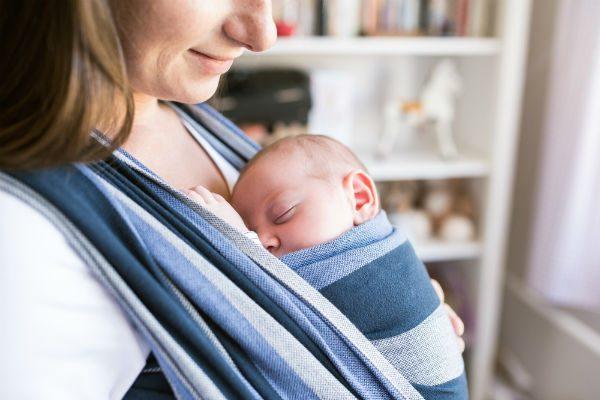 1つ持っていると超便利♪新生児から使えるアメリカ発の抱っこ紐『Boba Wrap』がママたちに大人気!