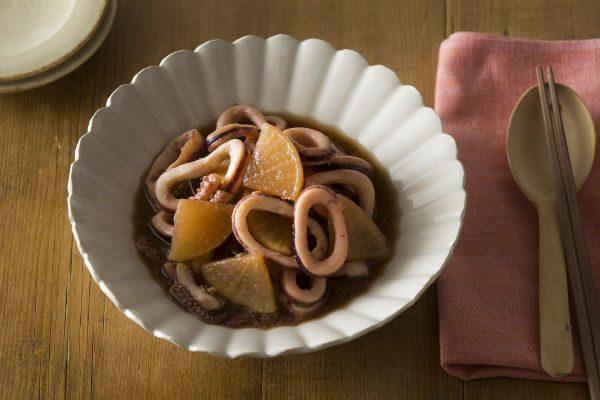 【簡単!おいしい!ポリ袋レシピvol.2】和食のおかずをもう1品!『イカ大根』の作り方