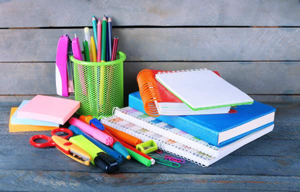 """収納ママたちから学ぶ""""華麗なるお片づけ術""""~おたより、文房具、増える紙もの編~"""